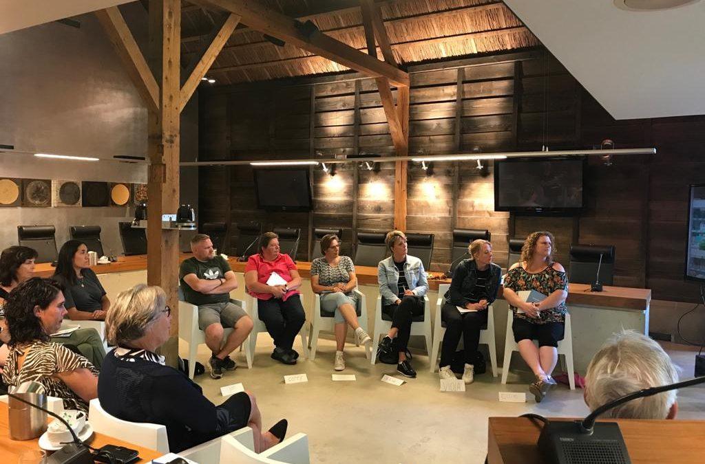 Winkeliers volgen training hoe om te gaan met klanten met dementie